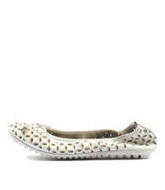 BOOMS Ballet Flats in White/ Gold Leather