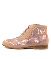 LULENT Ankle Boots in Light Blush Rose Leather