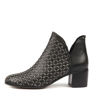 KROWL Ankle Boots in Black Leather