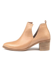 HENTON Ankle Boots in Latte Leather