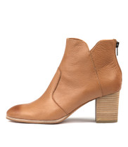 DAYZETTE Ankle Boots in Dark Tan Leather