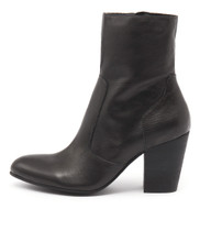 HESTER Ankle Boots in Black Leather