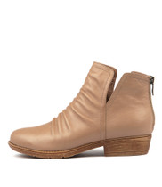 ROSTIE Ankle Boots in Light Taupe Leather