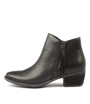 SAXAPHONE Ankle Boots in Black Leather