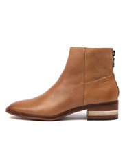 FLAVOR Ankle Boots in Dark Tan Leather