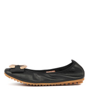 LINSEY Ballet Flats in Black Leather