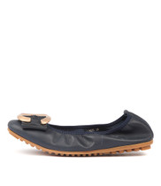 LINSEY Ballet Flats in Navy Leather
