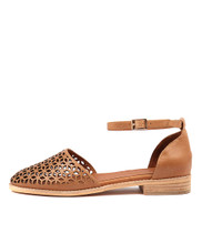 ARVIL Flats in Tan Leather