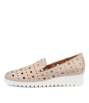 NICHOL Flatforms in Nude/ Rose Gold Leather