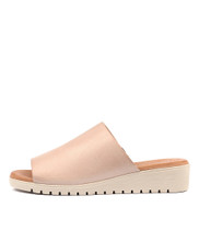 MERRIES Flatform Sandals in Pale Pink Leather