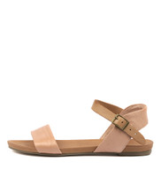 JINNIT Sandals in Cantaloupe/ Tan Leather