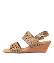 MCKAYLA Wedge Sandals in Tan Leather