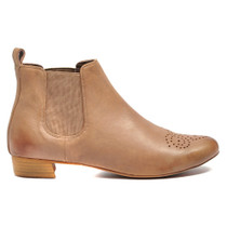 Eamo Ankle Boots Pull On in Mocca Leather