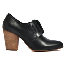 Hive Heeled Ankle Bootie in BlackLeather