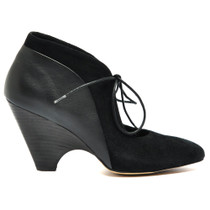Chust Heeled Lace Up Shoe in Black Leather