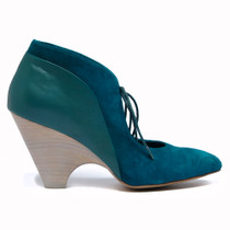 Chust Heeled Lace Up Shoe in Seagreen Leather