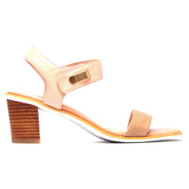 Quno Heeled Sandal in Latte Pink Leather