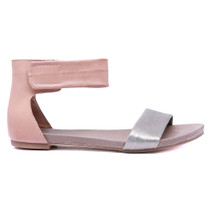 Juzz Flat Sandal in Pewter Leather