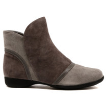 Trap Flat Boot in Grey Combo Leather