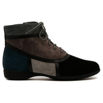 Tricky Flat Boot in Black and Grey Leather