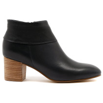 Ramie Heeled Ankle Boot in Navy Leather