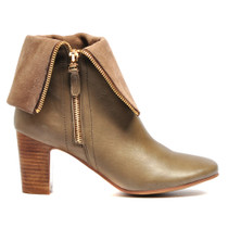 Enurt Heeled Ankle Boot in Taupe Leather