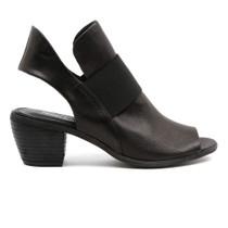 Gossip Mid Heel in Black