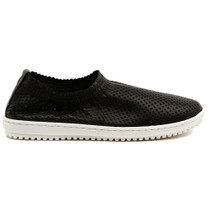 Tazemore Flat in Black