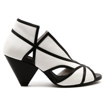 Ovelia Peep Toe Heel in Black/White