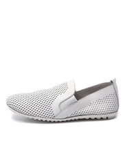 BESCARA Slip-on Flat in White Leather