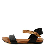 JINNIT Flat Sandals in Black/ Tan Leather