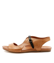 JACOBI Flat Sandals in Tan Leather
