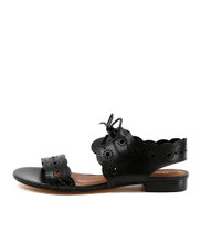 PRINCI Lace-up Sandals in Black Leather