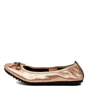 BELINY Ballet Flats in Rose Gold Cut Leather