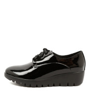 ZACH Lace-up Flatforms in Black Patent Leather
