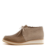 CELSE Lace-up Flats in Taupe Mix Leather