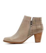 KINGS Ankle Boots in Light Grey Leather