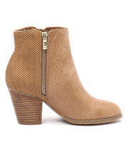 ROBY Ankle Boots in Tan Cut Leather