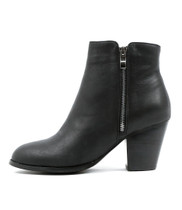 ROBYS Ankle Boots in Black Leather