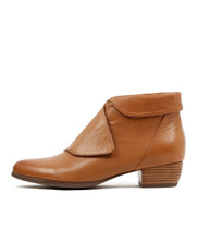 TASKER Ankle Boots in Dark Tan Leather