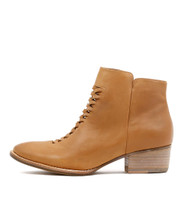LITO Ankle Boots in Tan Leather
