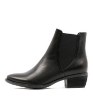 SUMAC Ankle Boots in Black Leather