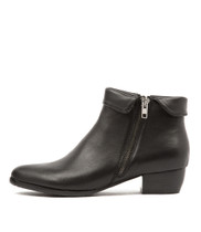 TWINZIP Ankle Boots in Black Leather