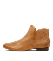 GRAB Ankle Boots in Dark Tan Leather