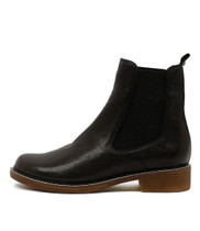 OCTAVIA Ankle Boots in Black Leather