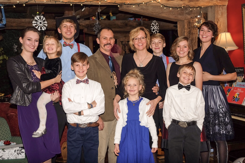 nelson-family-christmas-2016.jpg