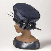 Third Sunday Figurine - Harriet Rosebud