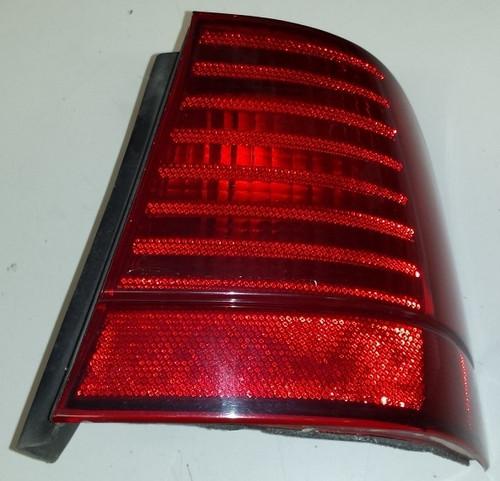 Corner Brake Tail Light - Passenger Side - 1989 - 1991 - Grade B