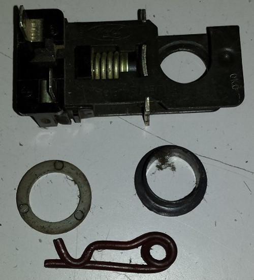 Brake Switch / Stop Switch 1989 - 1997 - Used on many Ford Platforms