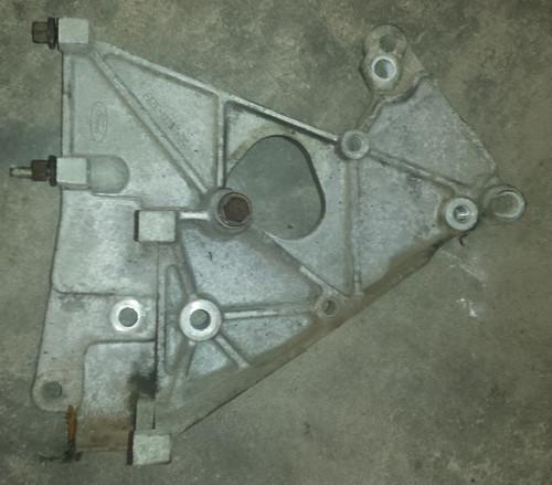 Engine Bracket - Driver Side - 4.6L - 1996 - 1997